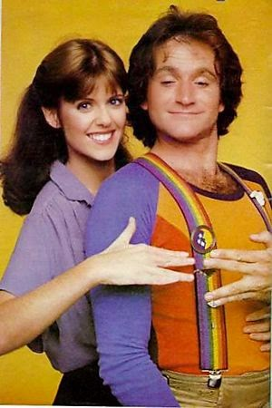 Pam-Dawber-and-robin-williams-in-mork-and-mindy5